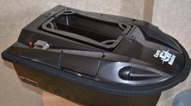 Прикормочная лодка