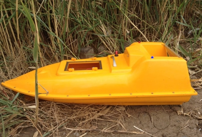 Желтый кораблик-снасть