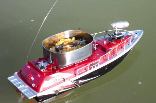 Торнадо 3 - купить кораблик для завоза прикормки б у