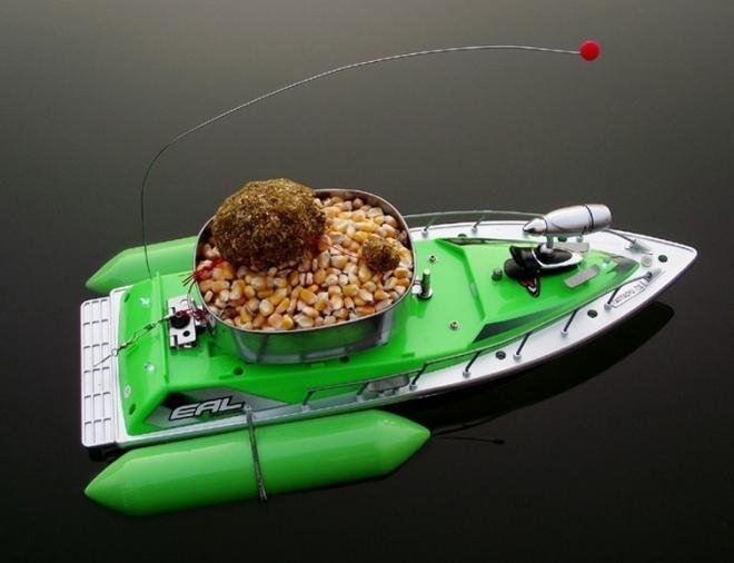 Рыбалка с радиоуправляемого катера